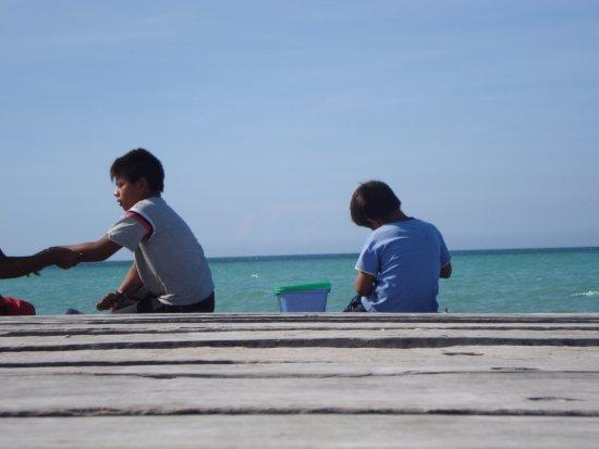 Holbox Hotel Casa las Tortugas - Petit Beach Hotel & Spa: El muelle de Holbox