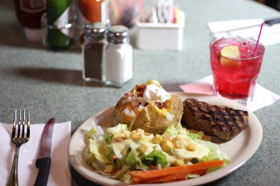 Spokane Valley, WA: 6oz Choice Sirloin Dinner- On Special Tuesday Night