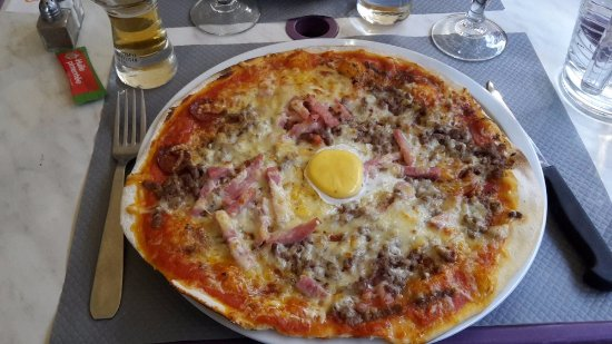 Ganges, Francia: Pizza