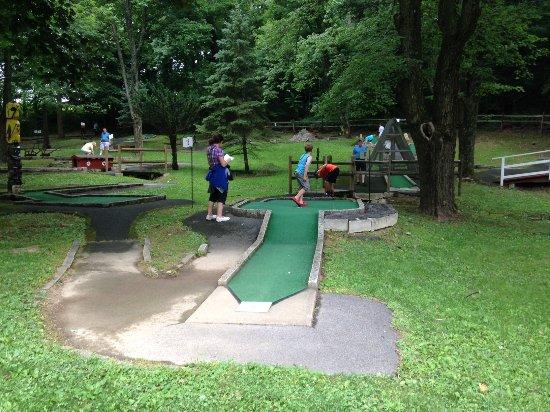 Kutztown, PA: Miniature Golf