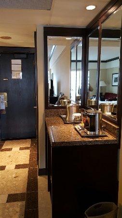 Hotel Bonaventure Montreal: 20160702_114719_large.jpg