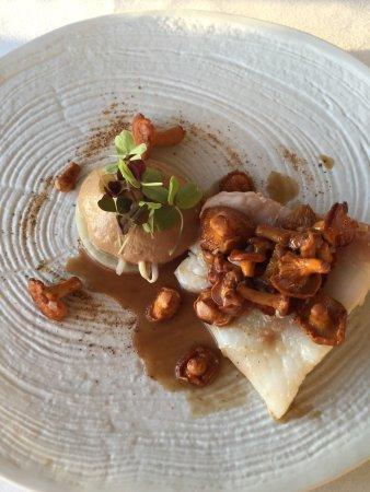 Restaurant Le Saint-James Relais & Chateaux: Sample of pics