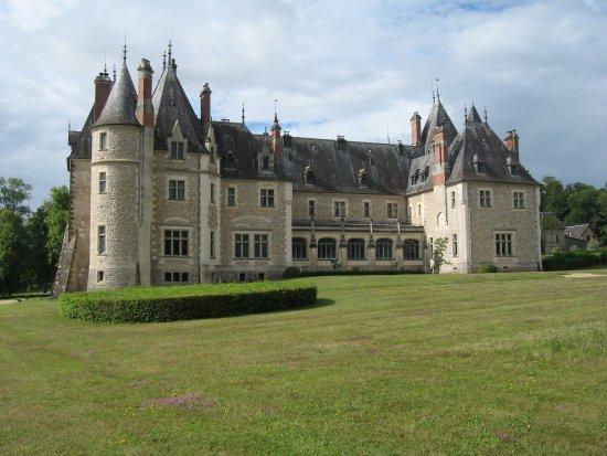 chateau de la verrerie arri re du chateau photo de. Black Bedroom Furniture Sets. Home Design Ideas