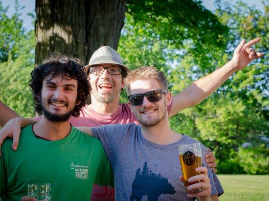 L'Anse-Saint-Jean, Canadá: Soir de vernissage - Bistro de l'Anse