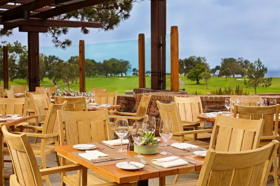The Patio At The Grill At Torrey Pines