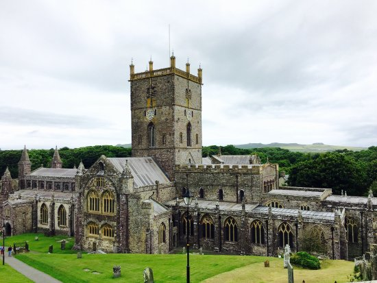 ‪St. Davids Cathedral‬