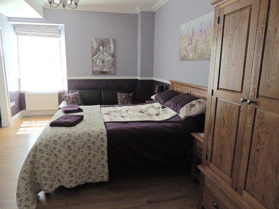 Brechin, UK: Family Room - Ensuite