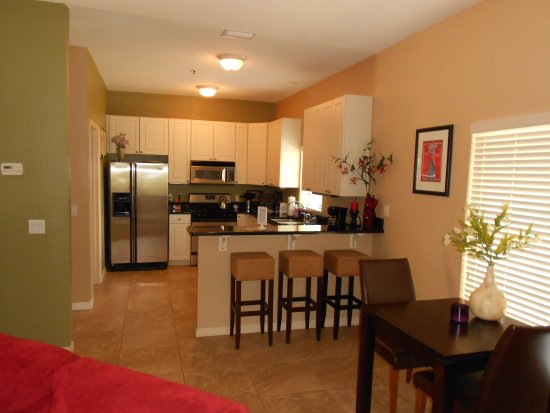 Inverness, FL: 2 Bedroom Comfort Condo Kitchen