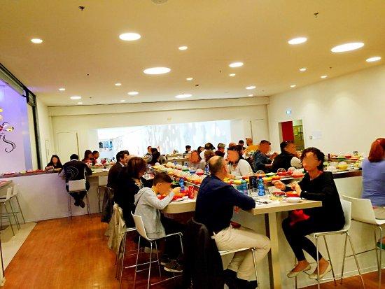 Pranzo simpatico recensioni su koii sushi centro sarca for Piscina olimpia a sesto san giovanni