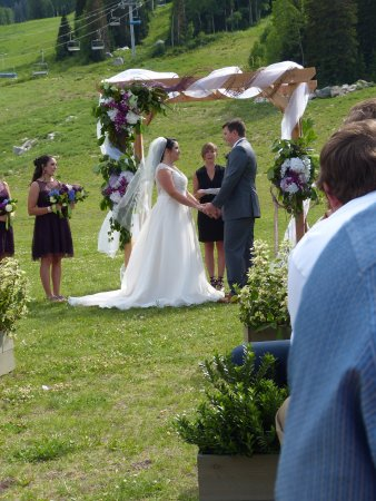 Solitude, Γιούτα: A Wedding in the Meadow