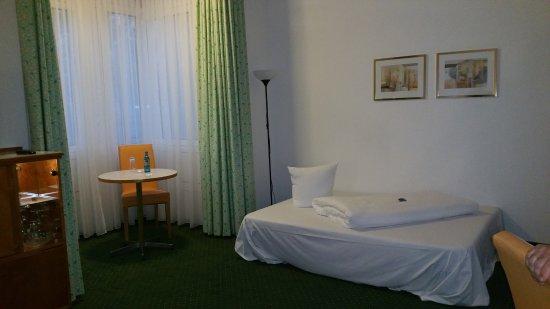 Kulmbach, Germany: habitación triple