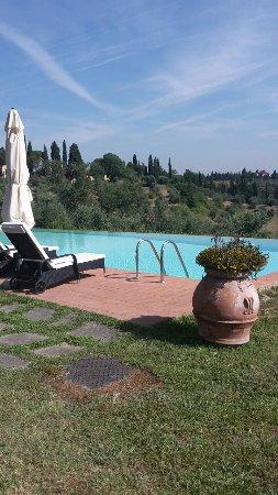 Montespertoli, Italia: 20160704_094431_large.jpg