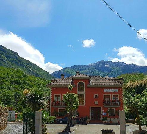 Hotel Rural El Torrejon: Cabrales. Picos de Europa Hotel Rural El Torejon