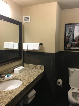 Drury Inn & Suites Louisville East : photo3.jpg