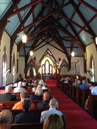 Pequot Chapel: Inside the Chapel