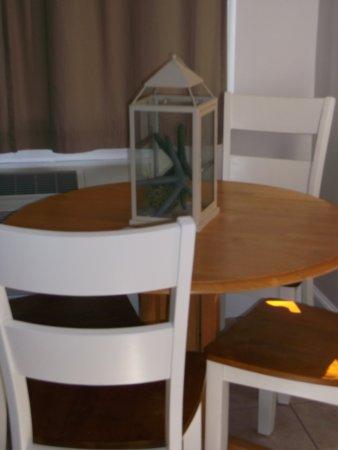 Edgecomb, ME: Table