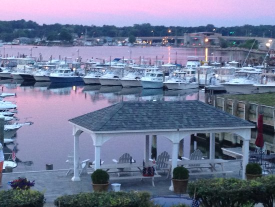 Inn at Harbor Hill Marina Resmi