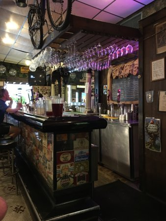 Huntingdon, PA: The bar in Boxers