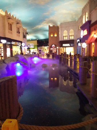 Desert Passage Shops: The pier, where the rainstorm falls.