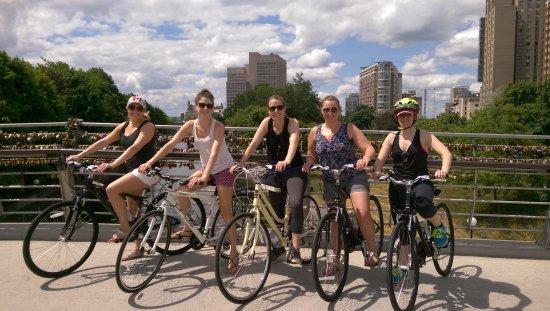 Оттава, Канада: Love lock bridge