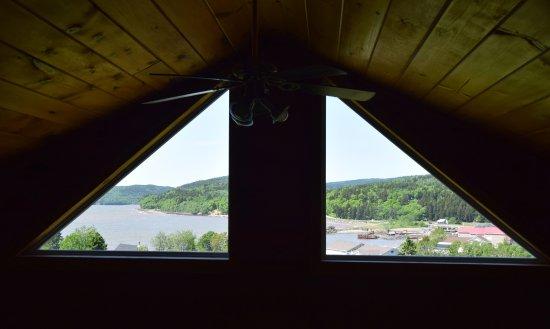 Vista Ridge Cottages: Upper level ocean view