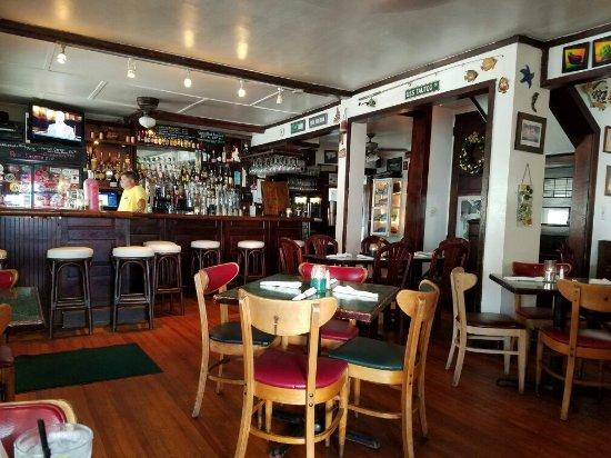 Tautogs Restaurant: 20160706_171032_large.jpg