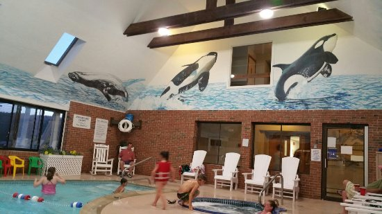 Pilgrim Sands on Long Beach: Indoor pool