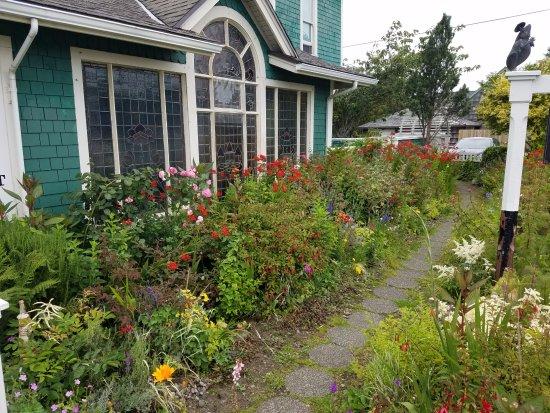 Seaview, WA: Gardens outside the Shelburne Inn
