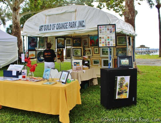 Green Cove Springs, Флорида: Art festival at the park