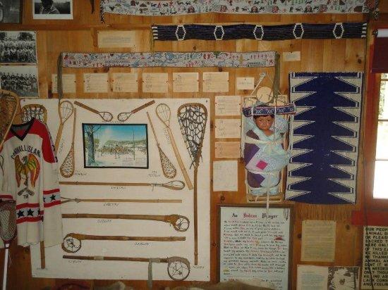 Vermontville, Estado de Nueva York: Lacrosse sticks