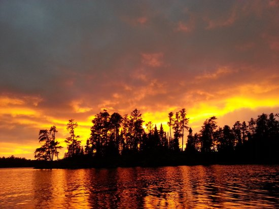 Voyageur Canoe Outfitters: photo0.jpg