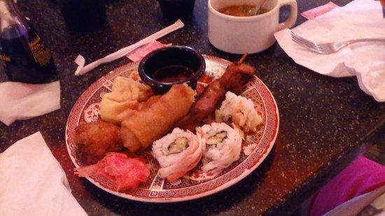 La Grange, Κεντάκι: Jumbo Sushi, Egg Roll and Ginger