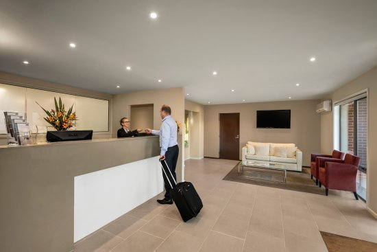 Quest Moonee Valley : Reception/Lobby