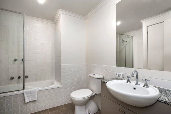 Moonee Ponds, Avustralya: 1BRM, 2BRM & 3BRM Bathroom