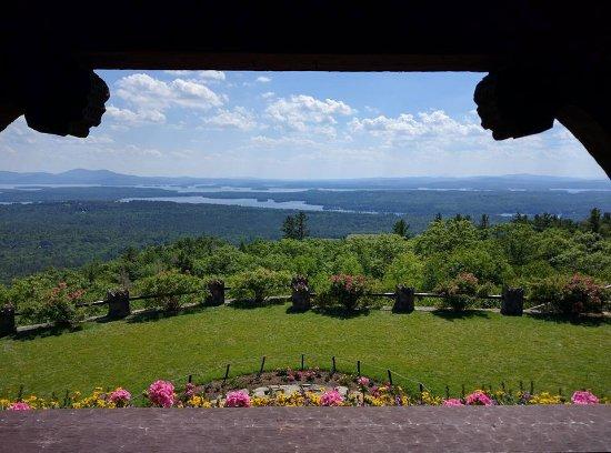 Moultonborough, Nueva Hampshire: View from inside the castle.