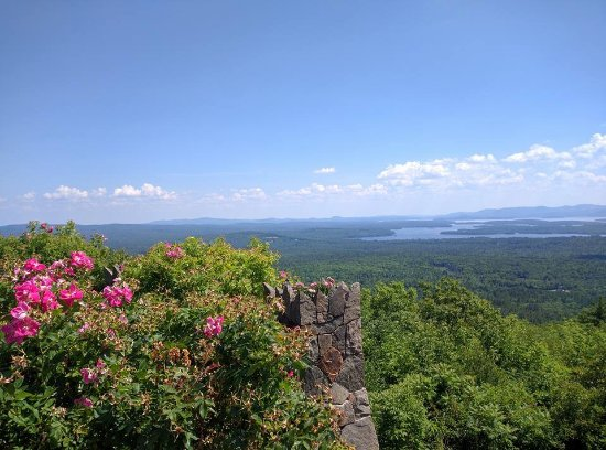 Moultonborough, Nueva Hampshire: View from the lawn.