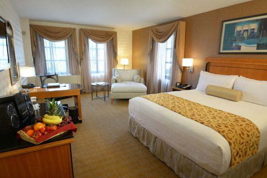 Great Neck, NY: Deluxe King Room
