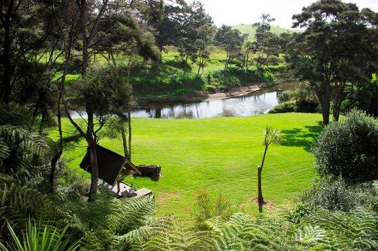 River Retreat Bed & Breakfast: Waitangi River