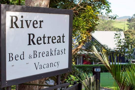 River Retreat Bed & Breakfast: Wellcome to River Retreat