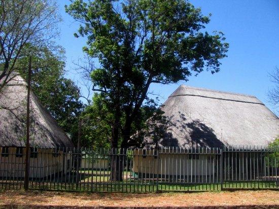 Zimbabwe: Victoria Falls (town)