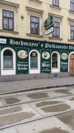 Weinhaus Hochmayer