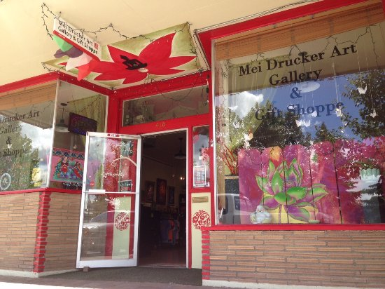 Όρος Shasta, Καλιφόρνια: the beautiful shop of Mei Drucker Art Gallery