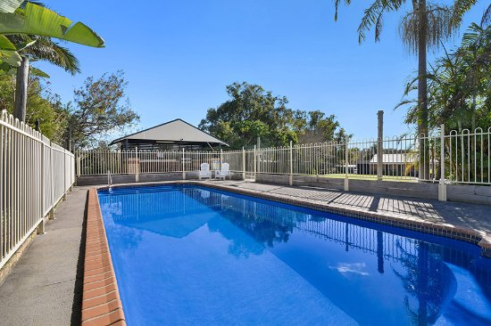 Catalina motel lake macquarie updated 2018 reviews for Pool show toronto 2018