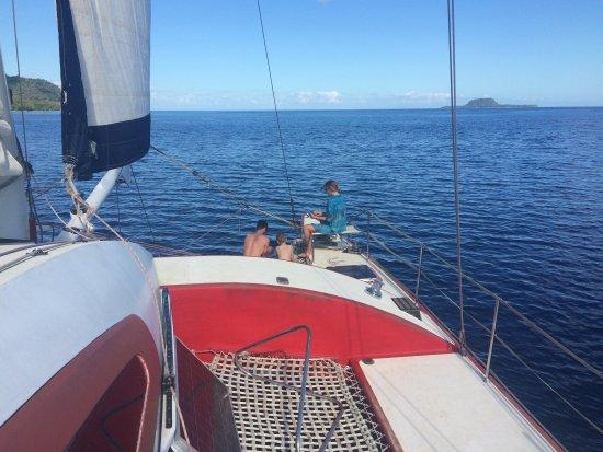 Mele, Vanuatu: Sailin near Hat island