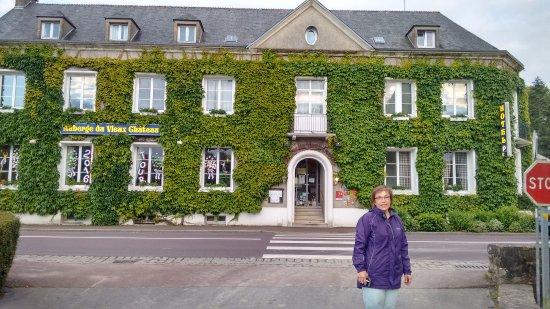 Saint-Sauveur-le-Vicomte, Francia: Auberge du Vieux Chateau