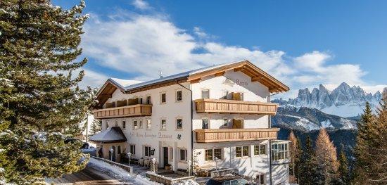 Aurora Hotel : Haus