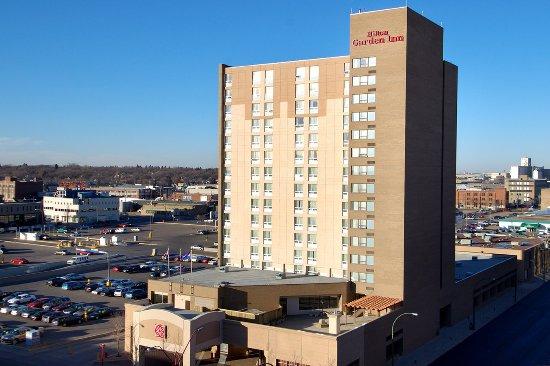 Hilton Garden Inn Saskatoon Downtown: Our Location