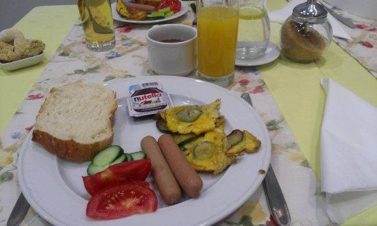 Hotel More: Breakfast