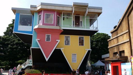 huashan 1914 creative park upside down house picture of huashan rh tripadvisor com