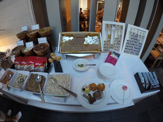 Breakfast Buffet Picture Of Nh Collection Berlin Mitte